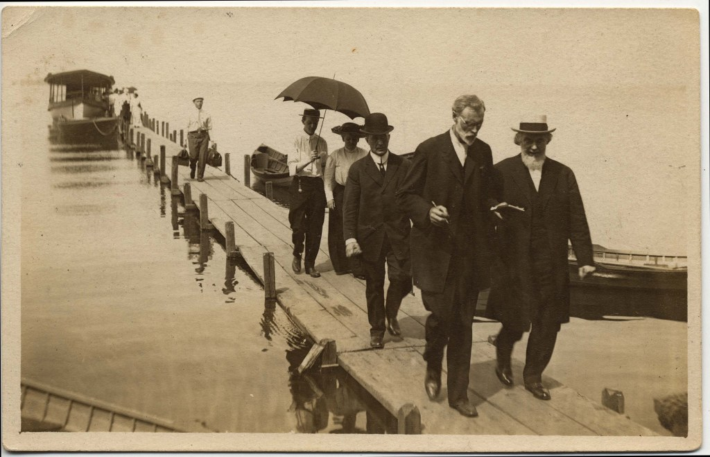 4c - 1913 - Pastor Russell With Br Van Amburgh Followed By Br Sexton 1024x659