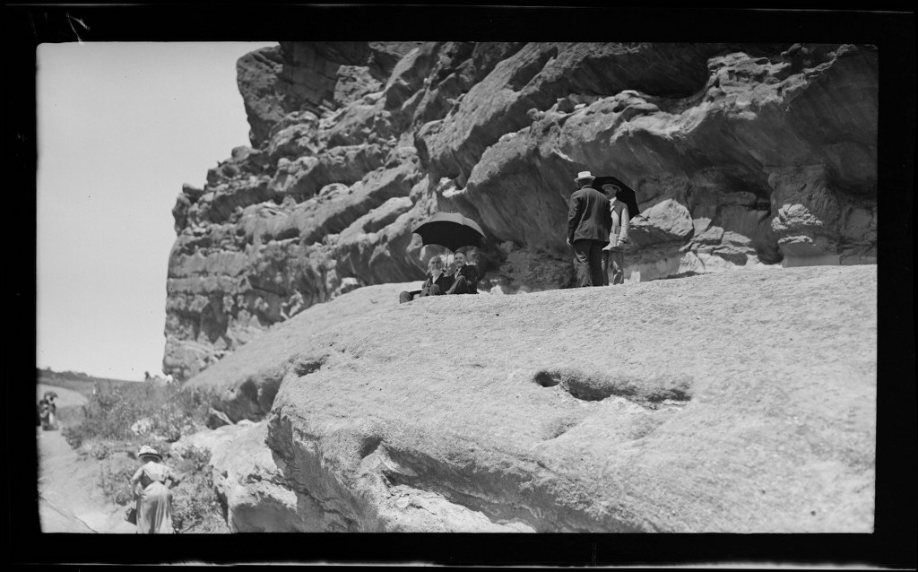6j - 1911, June 18 - Resting At Park Of The Red Rocks (2) 1024x638