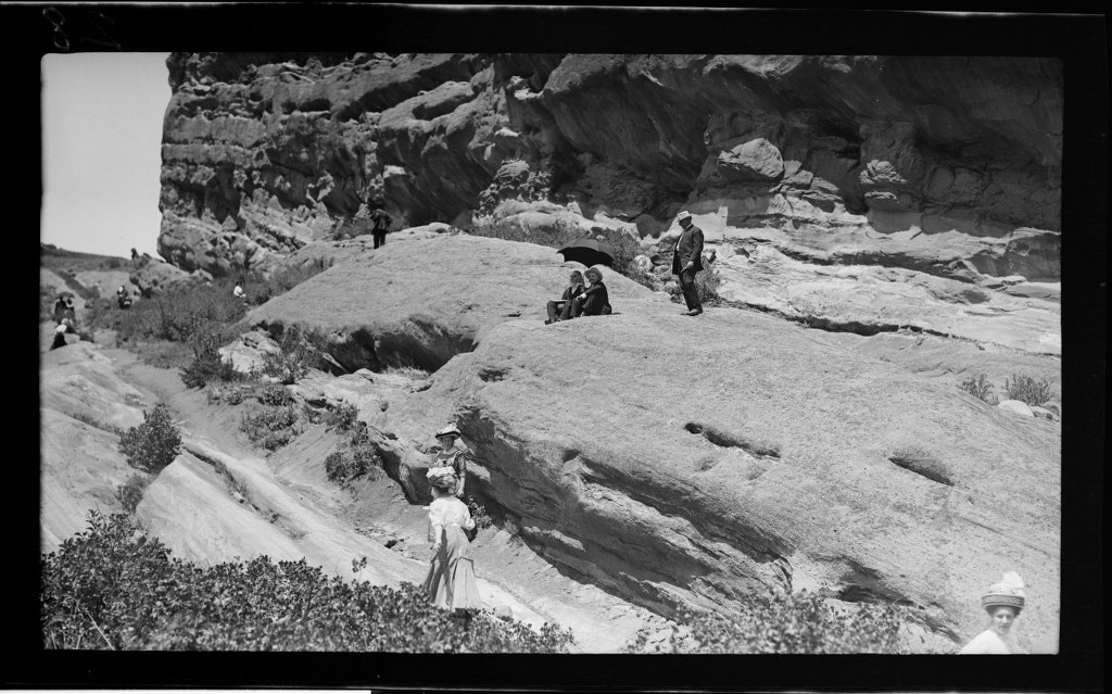 6j - 1911, June 18 - Resting At Park Of The Red Rocks (3) 1024x639