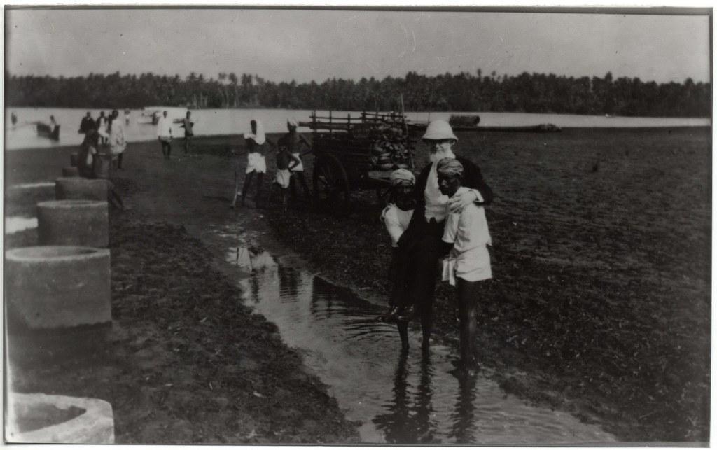 6j - 1912, February 1 - Carried Onto Leper Island - Columbo, Ceylon 1024x643