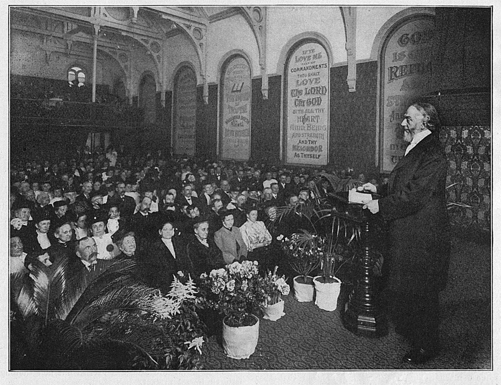 Brooklyn Tabernacle - Pastor Russell Preaching - 1909 999x768