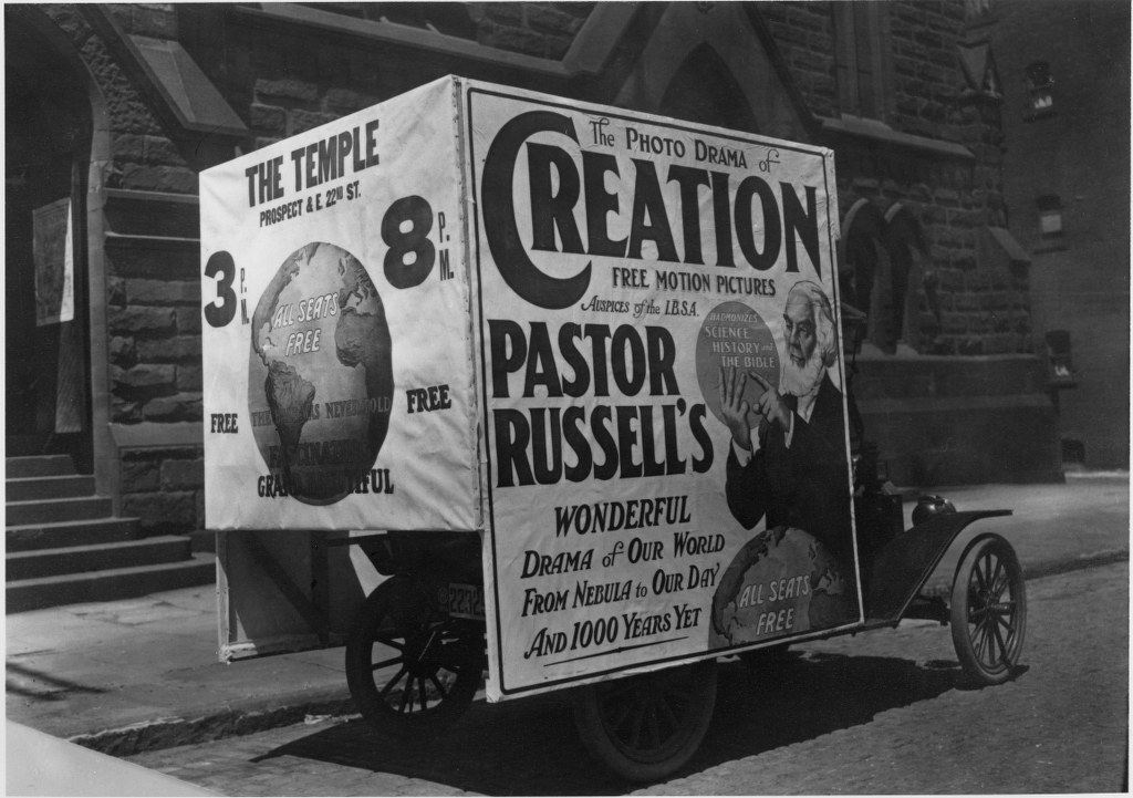 G17 - 1914 - Photo Drama Of Creation Advertisement On A Truck 1024x721
