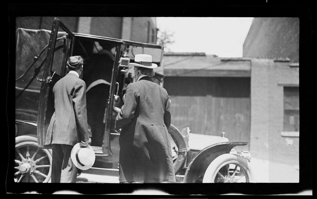 I14 - 1911, June -July - Entering A Car 1024x644