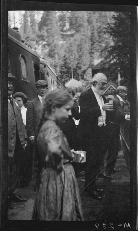 I45 - 1911, June 28 - Shasta Springs, CA 461x768