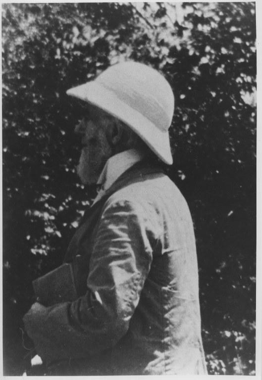 I51 - 1912, February - Travencore, India 529x768